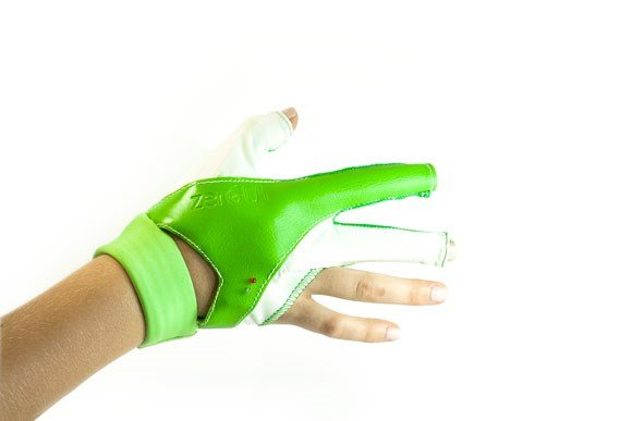 Kids animate Ziro by wearing a glove with special sensors.