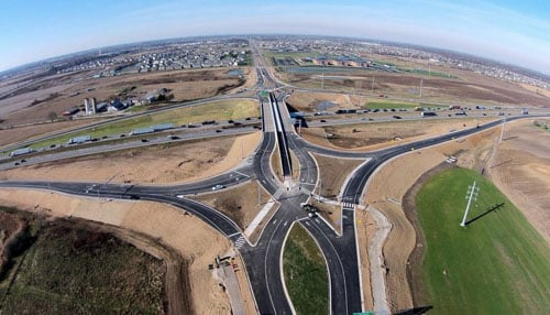 The project, which began in 2008, provides a four-lane road stretching from I-65 to U.S. 31 with no stops.