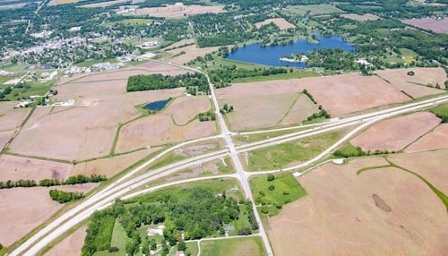Image of I-69 interchange at Petersburg in Pike County courtesy of Hoosier Energy.