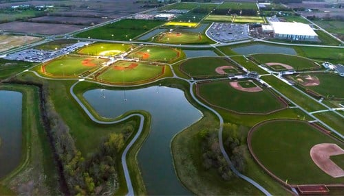 The 400-acre complex features 26 diamonds.