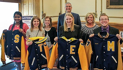 (Image provided by the Indiana Department of Education) From L-to-R: Ujwala Pamidimukkala, Samantha Fassnacht, Treasurer Kelly Mitchell, Governor Eric Holcomb, Miranda Shook, Superintendent of Public Instruction Jennifer McCormick, Truman Bennet