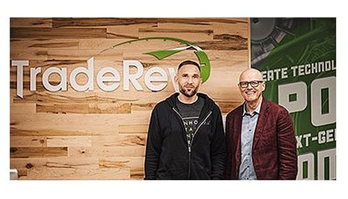 (Image of TradeRev CEO Mark Endras [pictured left] and KAR CEO Jim Hallett [pictured right] from July courtesy of TradeRev on Twitter.)