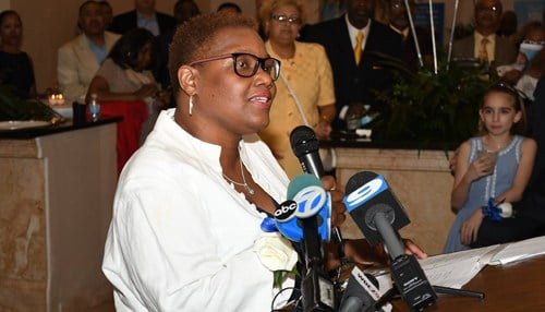 (Image of Mayor Karen Freeman-Wilson courtesy of the city of Gary)