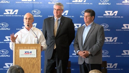 (L to R) SIA Executive Vice President Tom Easterday, Governor Eric Holcomb, & Lafayette Mayor Tony Roswarski