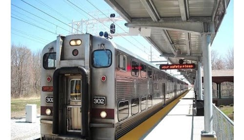 (Image of the South Shore Line courtesy of the Northern Indiana Commuter Transportation District.)