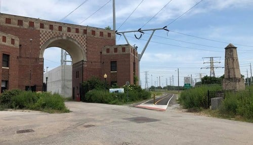 (Image of trail head near old State Line Generating Station courtesy of NIRPC.)