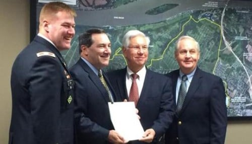 Pictured left to right: U.S. Army Corps of Engineers Louisville District Commander Col. Christopher Beck, Senator Joe Donnelly (D-Ind.), River Ridge Commerce Center Board President Mark Robinson, River Ridge Authority Executive Director Jerry Acy
