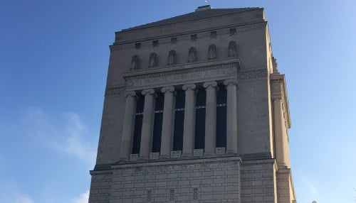 Major projects using Indiana Limestone products include the Empire State Building in New York City, the Pentagon in Washington D.C. and the Indiana War Memorial (pictured) in Indianapolis.