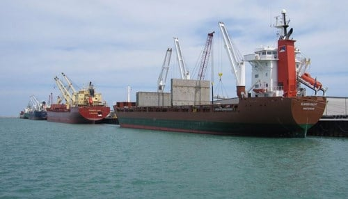 The Port of Indiana-Burns Harbor says it handled 2.8 million tons of cargo in 2015.