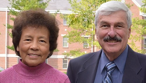 Teresa and Leonard Bissonnette give gift to Franklin College