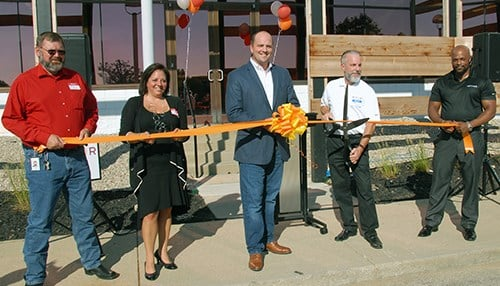 Ribbon cutting at Netfor's new Fishers location